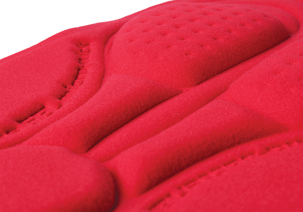 the soft luxury of the gel chamois pad is amazing