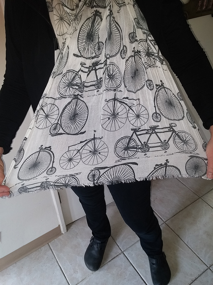 beautiful black and white color long fashion scarf for bicyclists this bike scarf is a great gift