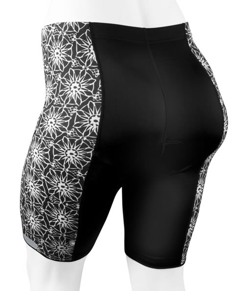 back view of pizelle cycling shorts